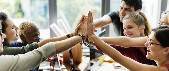 High Five für Gemeinschaft, Gemeinwohl und Zusammengehörigkeit