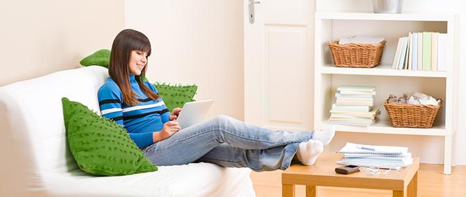 entspannt das Leben im Wohnheim für Studenten genießen